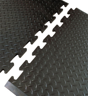 Diamond Plate Linkable Anti-Fatigue Mats